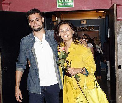 Viktor Pieczyński występuje razem z mamą