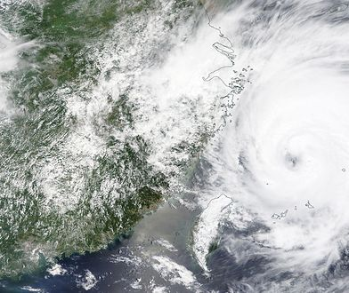 Na Chiny nadciąga potężny tajfun. Podjęto drastyczne kroki
