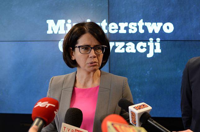 Minister Cyfryzacji Anna Streżyńska codziennie ma skargi na cenzurę Facebooka.