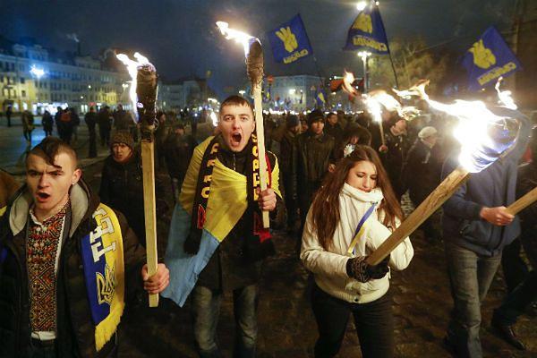 Ustawy wymierzone w ukraińską opozycję wejdą w życie w środę