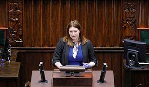 Wiceminister rolnictwa Anna Gembicka ogłasza nowy sposób walki z dzikami