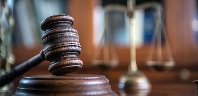 Były policjant spędzi 1,5 roku w więzieniu - orzekł Sąd Okręgowy w Szczecinie
