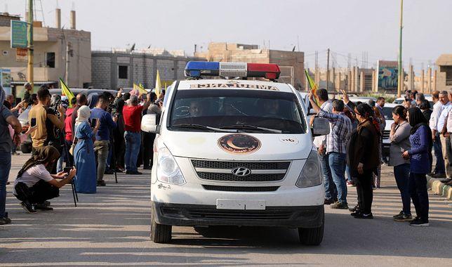 Ewakuacja rannych bojowników kurdyjskich