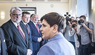 Posiedzenie rządu. Witold Waszczykowski, Mariusz Błaszczak, Antoni Macierewicz i Beata Szydło