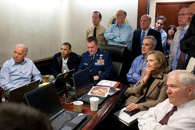 Akcji przeciwko Osamie Bin Ladenowi przyglądał się Barack Obama.