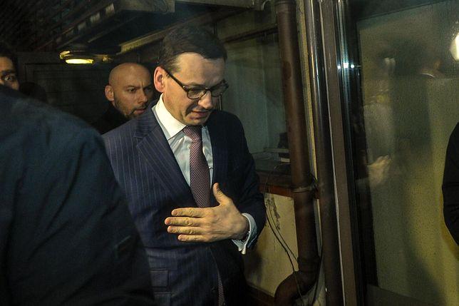 Wybory parlamentarne nadchodzą. Mateusz Morawiecki w drodze na Nowogrodzką