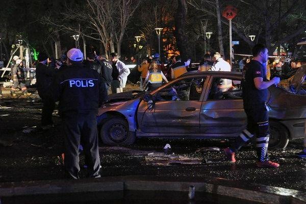 Świat przesyła Turcji kondolencje po zamachu w Ankarze