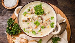 Zupa grzybowa z łazankami