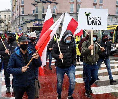 Warszawa. Protest rolników. Przedstawiciele Agrounii blokują stołeczne ulice