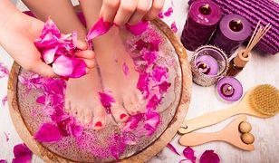 Domowy pedikiur to nic trudnego. Jak zadbać o zdrowy wygląd stóp?
