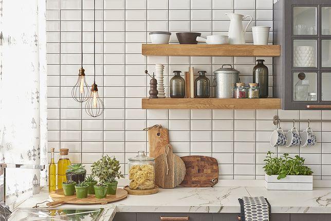 Istnieje kilka sposobów na samodzielną naprawę blatów kuchennych