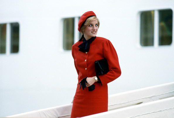 Księżna Diana nigdy się z nią nie rozstawała. To jej broń przeciwko paparazzim!