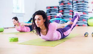 Przykład ćwiczenia na plecy