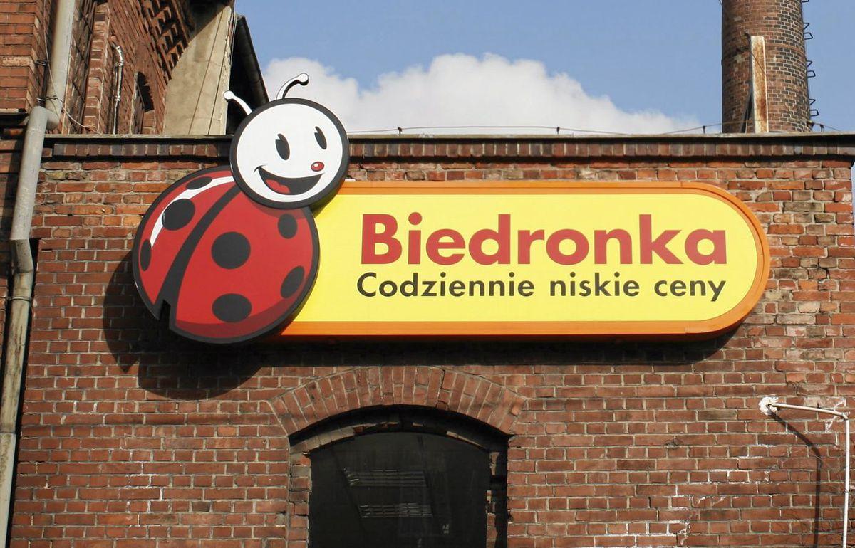 Początek pracy w Biedronce w niedzielę po północy jest zgodny z prawem.  Stanowisko inspekcji pracy