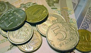 Rubel znowu traci na wartości. Będą kolejne nienotowane dotąd rekordy?