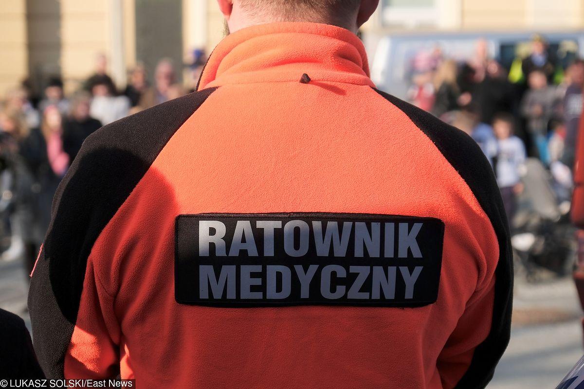 Dramatyczne sceny na SOR w Wołominie. Zakrwawiony pacjent pobił ratownika