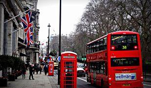 Koronawirus. Planujesz podróż do Anglii? Wielka Brytania skraca kwarantannę