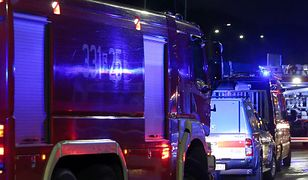 Z budynku ewakuowano 12 osób.