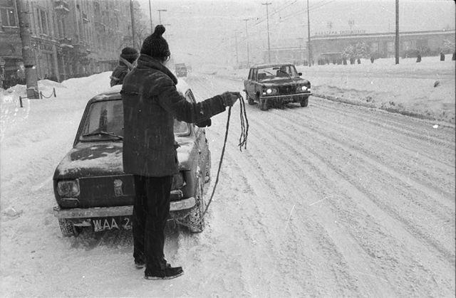 Ogromny mróz i intensywne śnieżyce w Polsce - zobacz