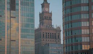 """""""Nie trzeba mieć worka pieniędzy, by podróżować"""". Jesienna Warszawa (WIDEO)"""