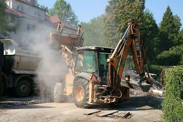 Wrocław: zburzono zabytkową wozownię. Aktywiści chcą zgłosić sprawę do prokuratury