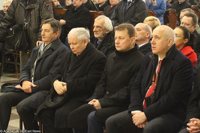 Przedstawiciele PiS 10 dnia każdego miesiąca biorą udział we mszy świętej