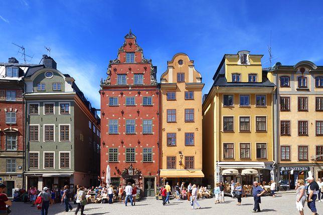 """Koronawirus w Szwecji. """"Nie trzeba ludzi trzymać siłą w domach i terroryzować mandatami"""""""
