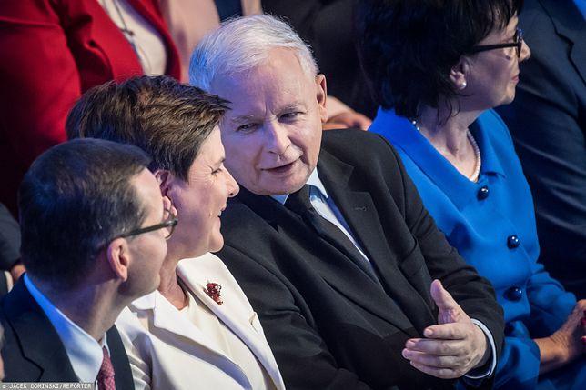 Jarosław Kaczyński, Beata Szydło, Mateusz Morawiecki (od prawej).