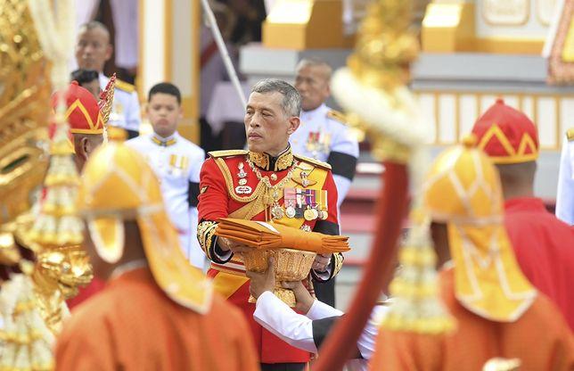 Król Tajlandii ma prywatny majątek liczony w miliardach dolarów