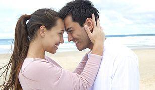 Szczęśliwe związki biorą się z porównywalnych zarobków