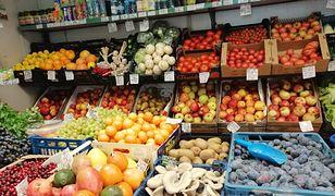 Warzywniaków jest coraz więcej, bo Polacy chcą żyć zdrowo - mówią zarówno przedsiębiorcy, jak i eksperci.