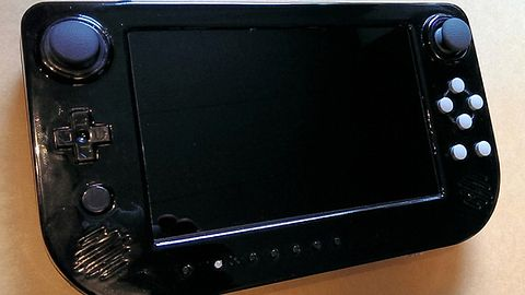 Zbiórka na Cross Plane, kontroler trochę inspirowany padletem Wii U