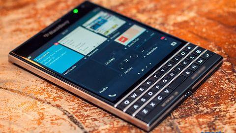 Czy kwadratowy BlackBerry Passport zachwyci swoim wyglądem?