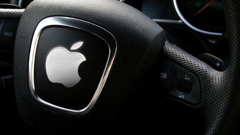 Apple przejęło pracowników BlackBerry, by stworzyć system operacyjny dla aut