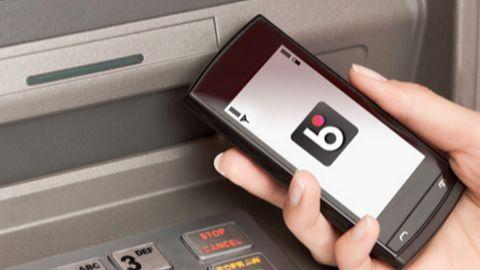BLIK popularniejszy od gotówki, chętnie sięgamy po nowe metody płatności