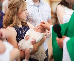 Większość Polaków chce ochrzcić dziecko. Nie wszyscy kierują się wiarą