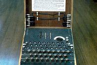 Kryptologia XX wieku — pierwsze próby pokonania szyfru Enigmy - Enigma - nowy przeciwnik