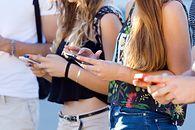 Urządzenia mobilne – sprzęt do zadań specjalnych czy proste urządzenia multimedialne? Cz. 1 — nagrywanie i odtwarzanie dźwięku - Era smartfonów (zdjęcie pobrano z dobrebadanie.pl)