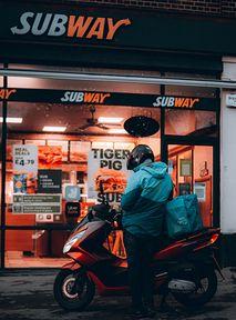 Pozew w USA: Tuńczyk w Subway nie zawiera tuńczyka?