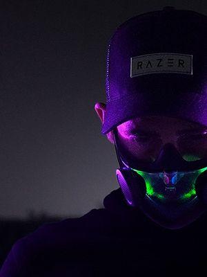 TAKĄ maskę gracze chcieliby nosić: ma RGB i jest od Razera