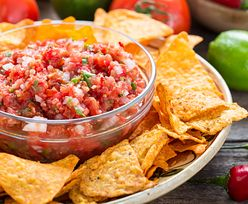 Najlepsza pod słońcem salsa do nachosów. Przepis Jamiego Olivera nie zawodzi