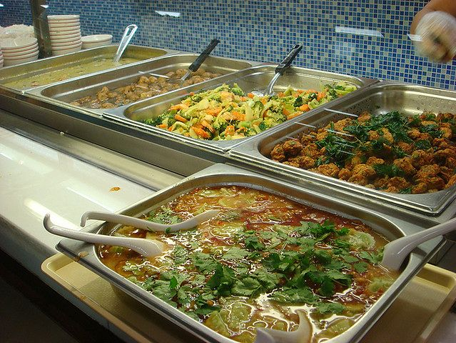 Jak radzić sobie z posiłkami w szkole?