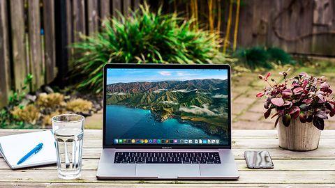 Sprzedaż komputerów wraca do normy. Rynek odbija się po początku pandemii