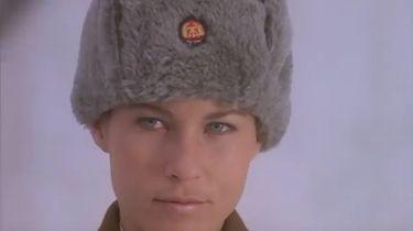"""Samotni na celowniku U.S. Army - Nikita... niespełniona miłość z piosenki Elton Johna - """"Nikita"""". Ona też była ze wschodu..."""