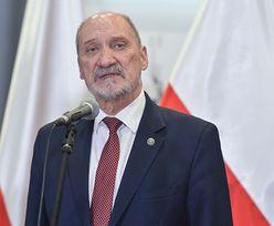 """Macierewicz wspomina Kaczyńskich. """"Polegli nad Smoleńskiem"""""""