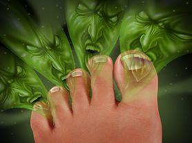 Sprawdź, jak poradzić sobie z potliwością stóp
