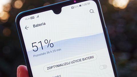 Rajd o kropelce. Jak wycisnąc więcej z akumulatora Huawei P30 Lite?