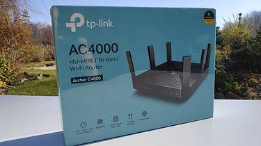 """""""Teściowa kontra TP-link"""" – router Archer C4000, nawet ładny... - TP-link AC4000 - w pięknym słońcu, jeszcze nie zdjęta folia"""