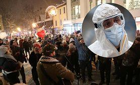Koronawirus w Polsce. Doktor Fiałek: Cały świat robi wszystko, żeby ograniczyć pandemię, a Polacy wychodzą na ulicę i robią wielką imprezę