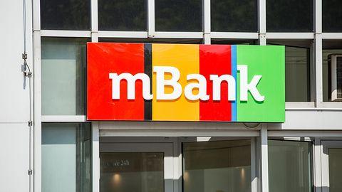 mBank ostrzega przed oszustami. Podszywają się pod pracowników banku